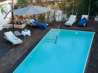 Domus Temenite:private swimming pool greek theatre, Syrakus