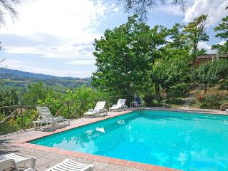 6 bedroom villa with pool near San Gimignano in Tuscany (BFY13480)