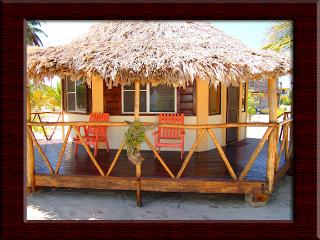 Heavens Gate Beach Bungalow, Placencia