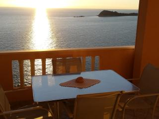 Holiday apartment in Cavtat with sea view