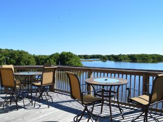 Paradise Pointe Cedar Key Family & Fishing retreat base price based on 4 guest