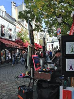 Montmartre Place du Tertre- A 10 min. walk from the apartment
