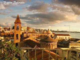 Appartamento vista mare e Castello Aragonese