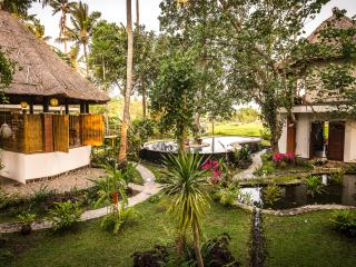 Romantic Eco Lodge Style Western Lux with VIEW!, Candidasa