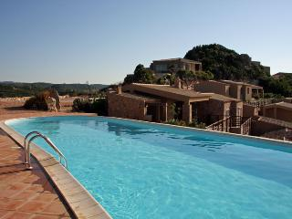 Villa il Borgo dei Fiori with pool and sea view, Costa Paradiso