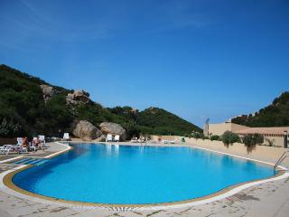 One Bedrroom apartament with pool-Paradiso