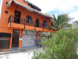 Mahahual Apartment Rentals, Colonia Luces en el Mar