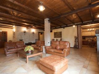 Villa Mina, Monte Compatri