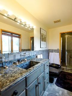 Riverhouse master bath