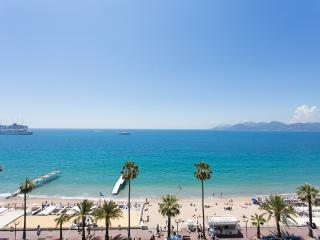 Beautiful 3 bedrooms with terrace and sea view 403, Cannes