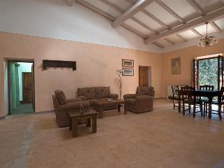 Villa Humbourg, Tuscany,  Apartment Albicocca