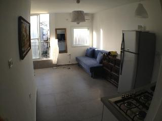Flat with the view over the Med Rothild 8/5-1, Bat Yam