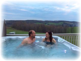 Private getaway with hot tub on private deck overlooking beautiful countryside