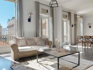 Very nice 3 berdooms very close to Palais 418, Cannes