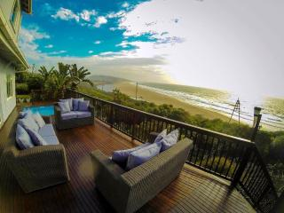 Amanzi Beach House,  (5 Bedroom, Sleeps 12), Umzumbe