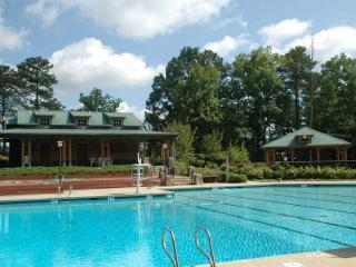 Lake Arrowhead Resort Chalet Cabin In North GA