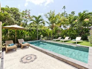 Ivory, 3 Bed/3 Bath Villa, Seminyak, Near Beach