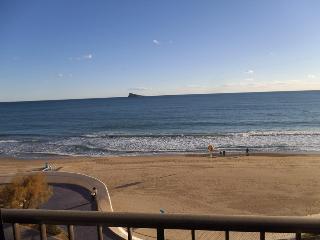 Benidorm, Playa de Poniente primera linea. ref.129
