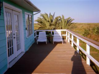 Relaxing Cottage by Sea, Galveston