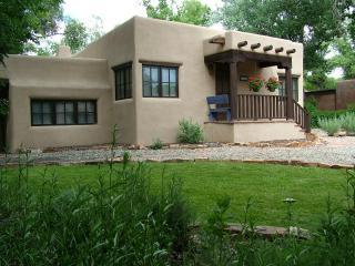 Casa Raya, Taos