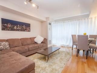Royal Stays 1 BDR Fully Furnished Condo- Entertainment Dist - ICON, Toronto