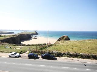 9 Island Point, Newquay