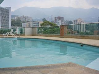 Parque Lleras - Pool - Gym -Short or Long Term, Medellín