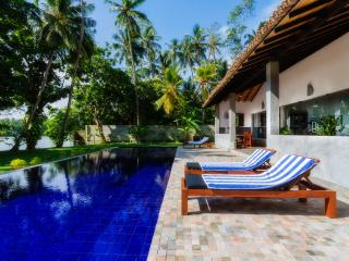 Gangananda, Stylish Boutique Villa by the river, Ambalangoda
