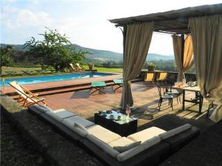 Villa in Montebenichi, Tuscany, Italy, Ambra