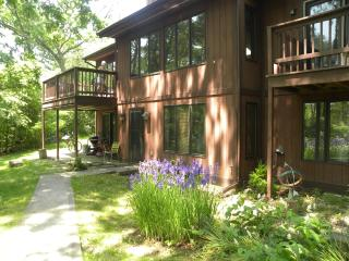 Cedarwood Guest House at Green Lake
