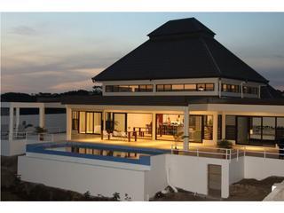 Fiji Luxury Pool Villa, Lautoka