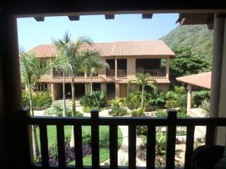 Beautiful, new beachfront villa-Pacific, Mexico