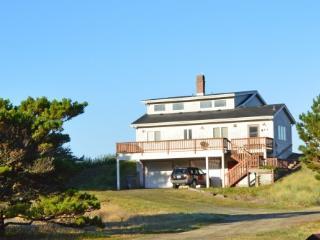 Brownlie's Beach House, Beach Front , 3 BR, Slps 6, Rockaway Beach