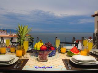 5V6 Luxury Condo Puerto Vallarta Romantic Zone