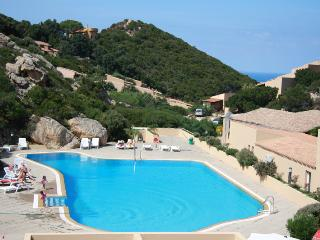 Residence Paradiso - One bedroom with pool, Costa Paradiso