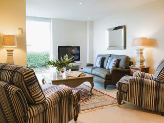 Flight of Feather 5* luxury at Hawkes Point, St. Ives