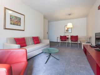 EMA House Serviced Apartment, Florastr. 26, 1BR, Zurich