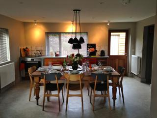 Open plan kitchen / dinning
