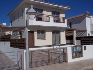 Villa Wade, Protaras