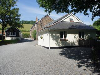 Riverton lakes and holiday cottages mole cottage