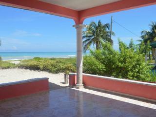 Exclusive Beachfront  Apartment, El Cuyo