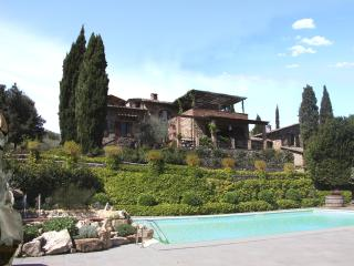 MAIN HOUSE of chianti