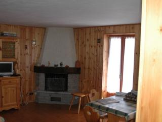 Apartment located in a quaint mountain village, Brusson