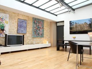 30. MARAIS - 4BR SPACIOUS HOUSE - MODERN DESIGN, Paris