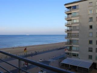 Wonderful seaside apartment seaview, Ostend