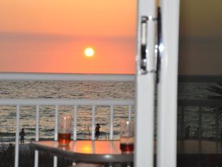 The Key Lime Chateau-Beach Home on Warm Gulf Coast