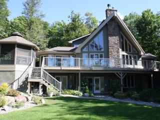 Stewart Lake Retreat Muskoka, Mactier