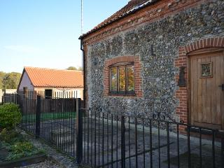 OTTN8 Barn situated in Corpusty