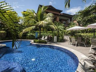 Tucked away from all but close to everything,Luxury condo, Los Sueños!, Bejuco