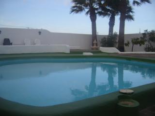 casa las tres palmeras con piscina privada, Güímar